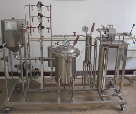 基础实验室主要有精馏,吸收,过滤,传热,流体流动等11种实验类型的